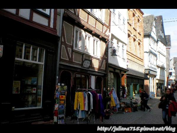PhotoCap_08091929 馬堡舊城街景 (Helen).jpg