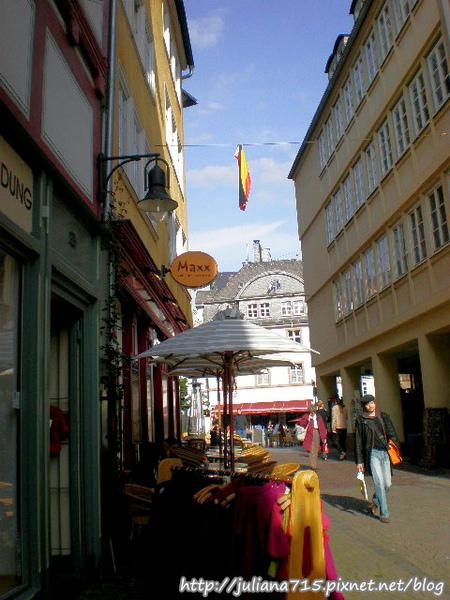 PhotoCap_08091956 馬堡舊城街景 (Helen).jpg
