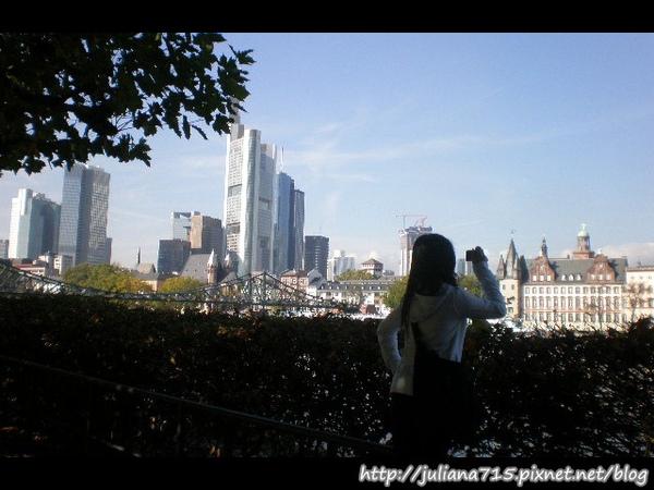 PhotoCap_081018098 小倩 (Helen).jpg