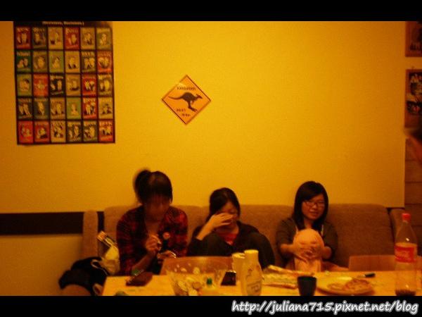 PhotoCap_08100469 廚房小倩 (Helen).jpg