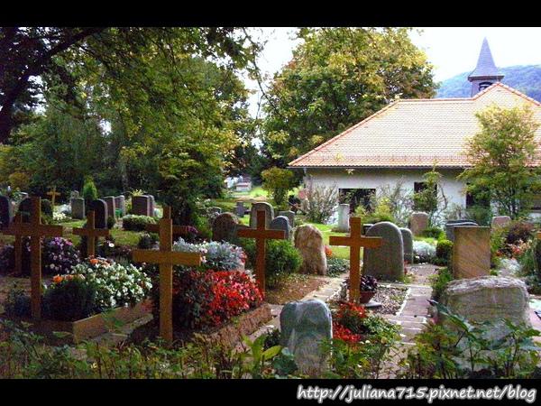 PhotoCap_080920121 墓園.jpg