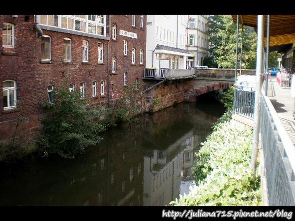 PhotoCap_080920158 馬堡街景 (Helen).jpg