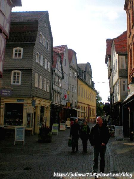 PhotoCap_08091944 馬堡舊城街景 (Helen).jpg