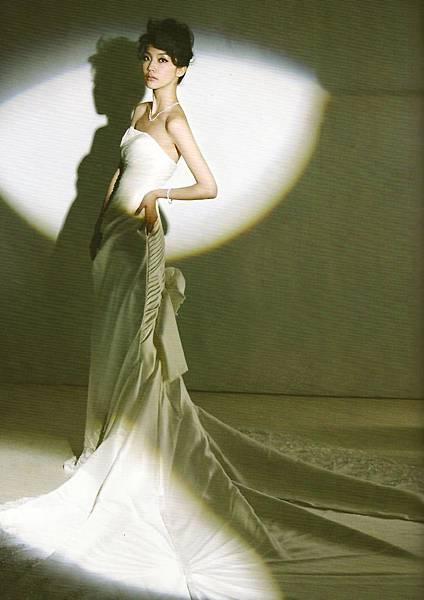 資料來源:美麗佳人 marie claire Oct 2012訂製完美婚禮