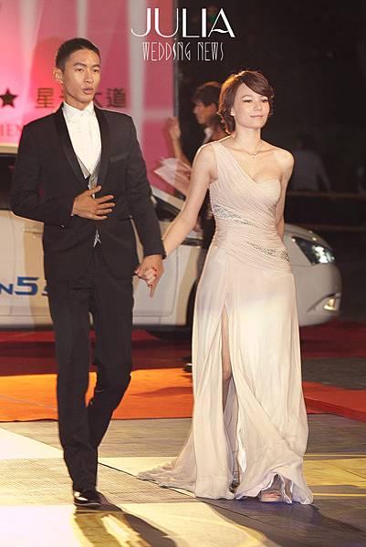 2012 第47屆金鐘獎 JULIA星光大道:美麗藝人的美麗身影 ---  翁滋蔓  Janet  紀培惠  孟耿如