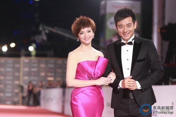Julia Wedding News新婚情報