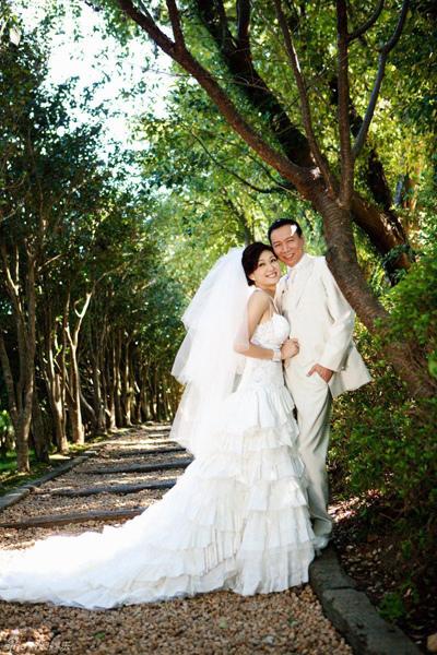 《JULIA‧作品》幸福新人‧孟廣美 照片來源:新浪娛樂/ JULIA新婚情報