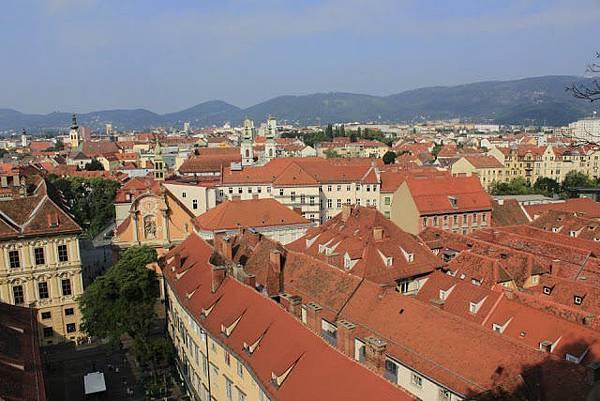 城堡山(Schloßberg)鳥瞰格拉茲(1).jpg