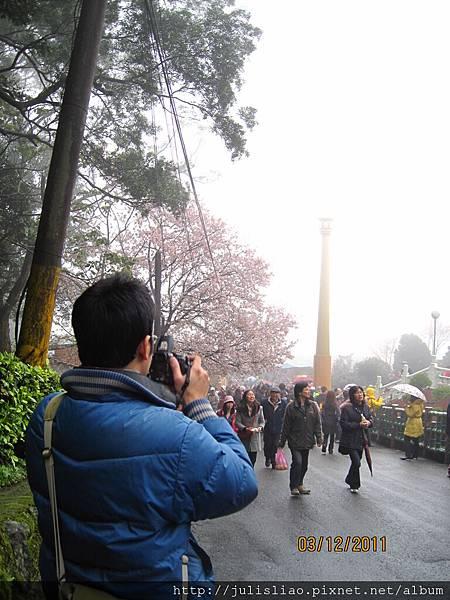 2011.03.12 淡水天元宮賞櫻行 (28).JPG