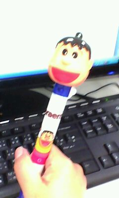 我的第一隻小叮噹風扇筆