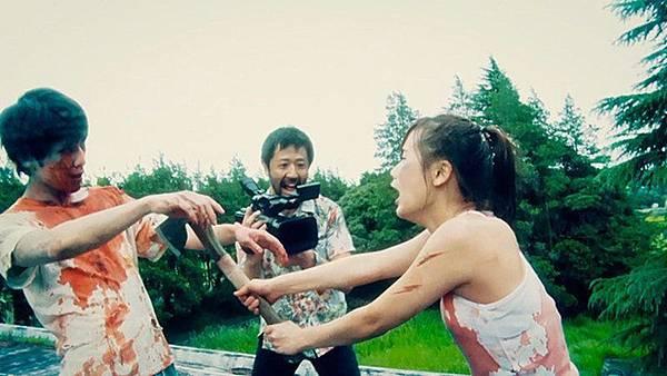 一屍到底_新聞稿照03_日本獨立殭屍電影締造票房奇蹟_result-800x450.jpg