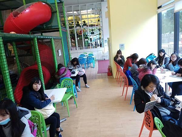 實踐大學家庭研究與兒童發展學系參訪_29.jpg