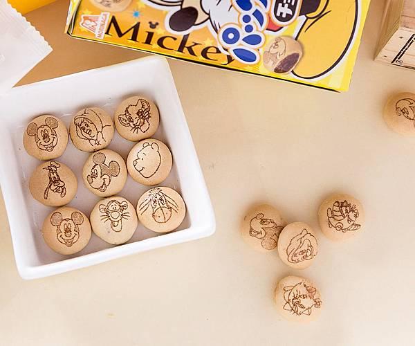 迪士尼巧克力餅乾球.jpg