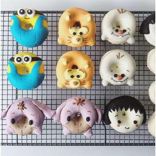 小小兵甜甜圈.jpg