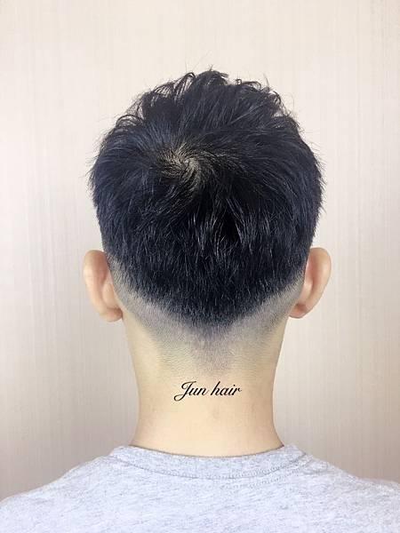 台北車站剪髮推薦,網路推薦設計師.jpg