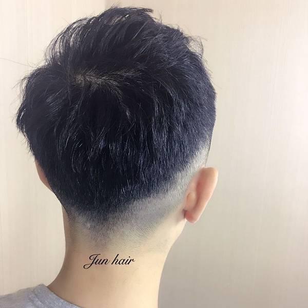 台北車站推薦剪髮.推薦設計師.jpg