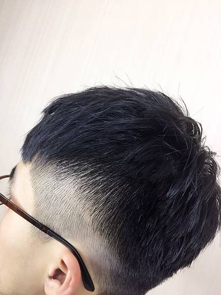 男生漸層推薦,北車設計師-jun.jpg