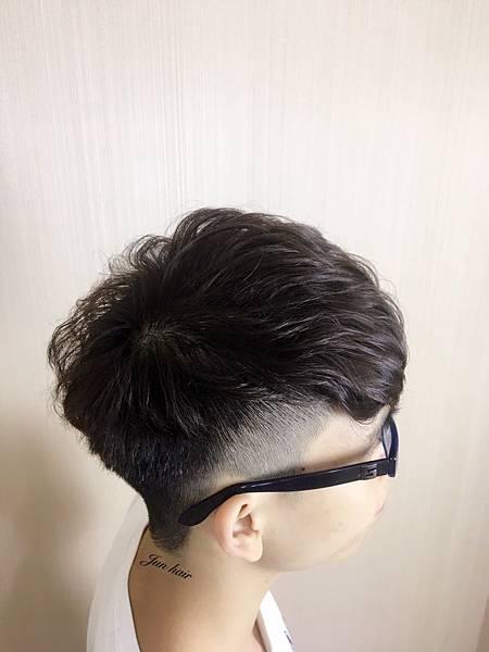 北車推薦燙染髮,男生推薦髮型.jpg