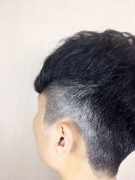 男生漸層剪髮,網路推薦.jpg