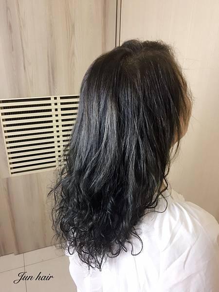 女生燙髮,網路燙染髮推薦.jpg
