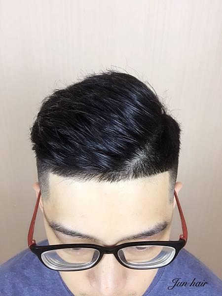台北車站推薦男生剪髮,推薦設計師.jpg