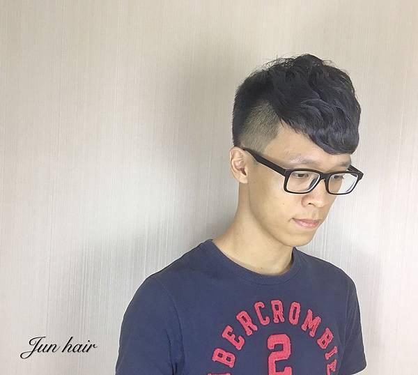 北車男生剪髮,AT旗艦店推薦設計師-jun.jpg