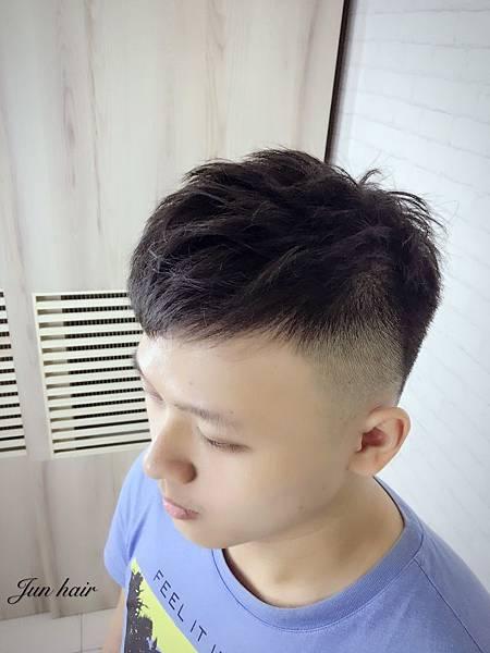 北車男生剪髮推薦,網路推薦設計師-jun.jpg