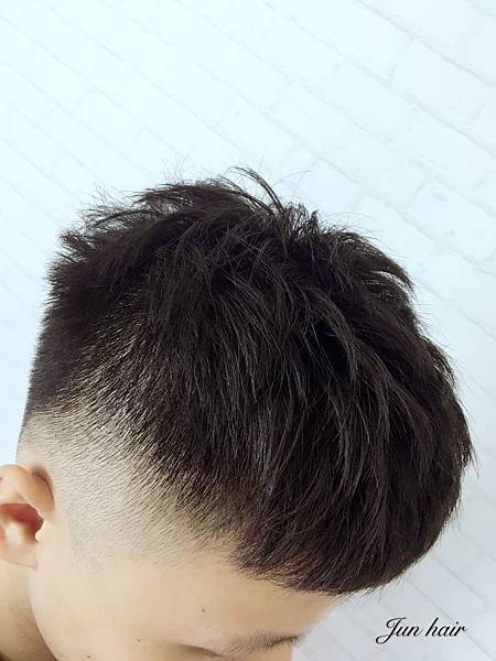 台北男生剪髮推薦,男生剪髮.jpg