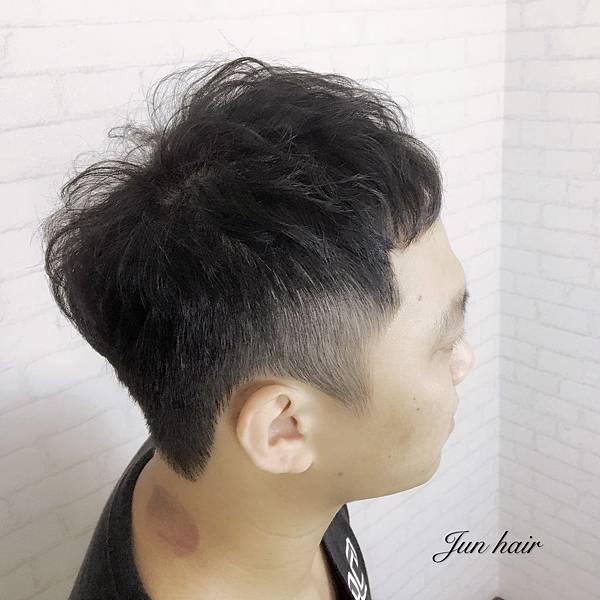 台北男生燙髮,如何增加髮量.jpg