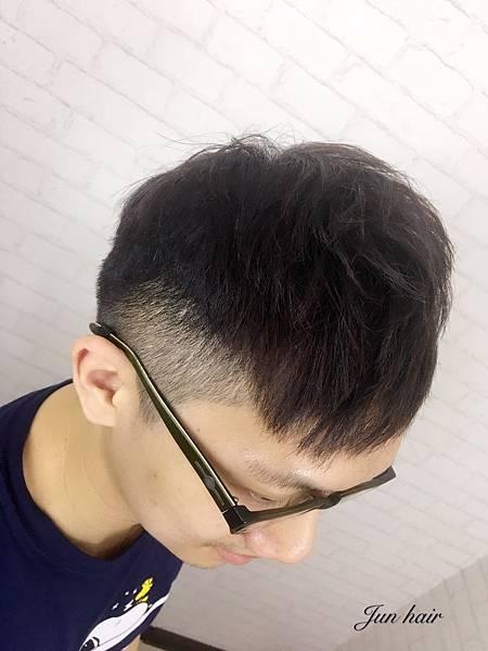 網路推薦北車男生燙髮,男生燙直.jpg