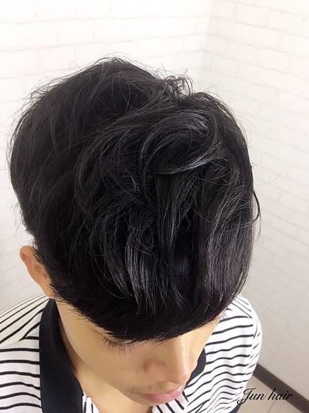AT推薦男生髮型,網路推薦男生燙髮.jpg