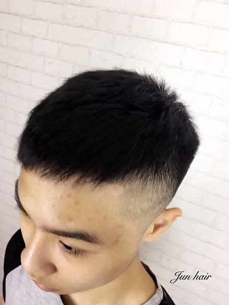 男生短髮推薦.jpg