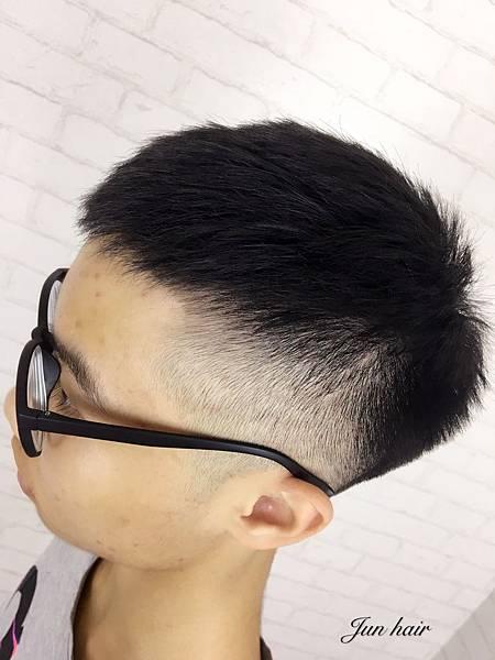 網路推薦男生剪髮.jpg