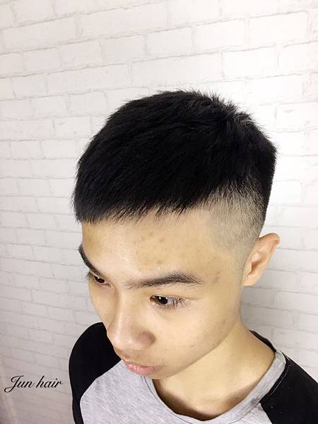 歐美漸層男生剪髮,男生便宜剪髮.jpg