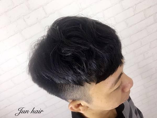 2018男生髮型,網路推薦男生髮型.jpg