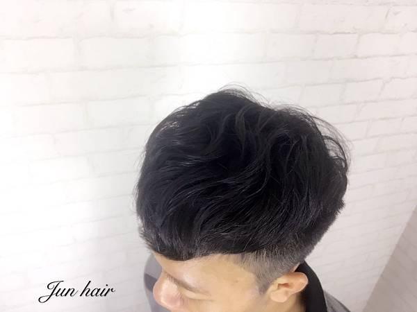 AT旗艦店推薦髮型,男生燙髮.jpg