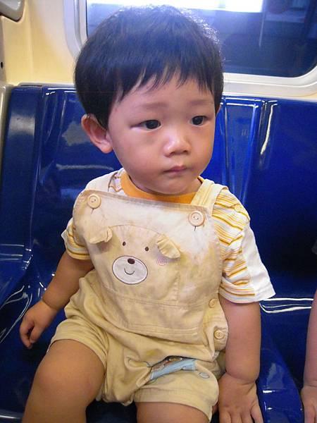 第一次搭捷運