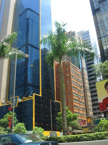 呵..香港的大樓都很讚~~