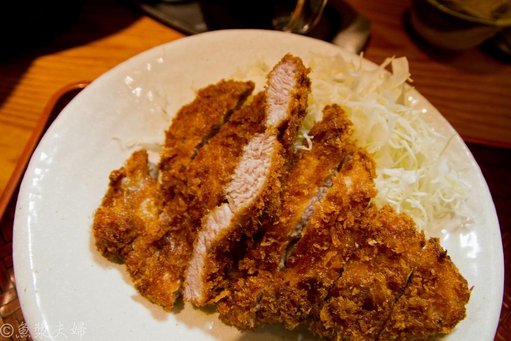 [食記] 東京 豬排是飲料 濃厚豬排的分別