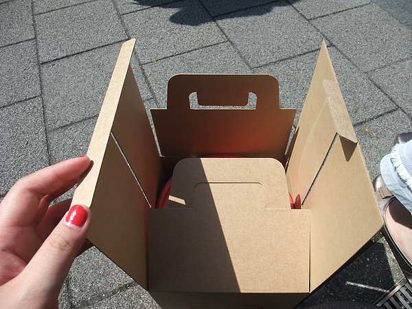 摺疊示意圖 這個盒子超硬