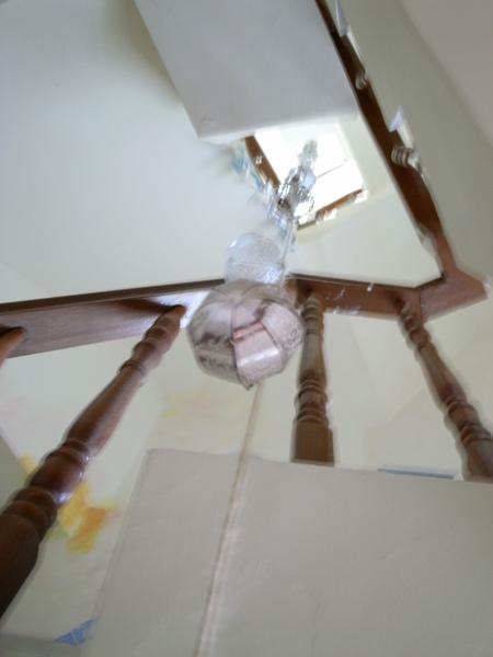 從二樓往上看天井