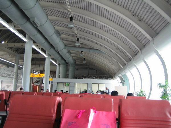高雄小港機場