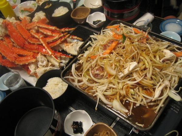 長腳蟹與烤肉