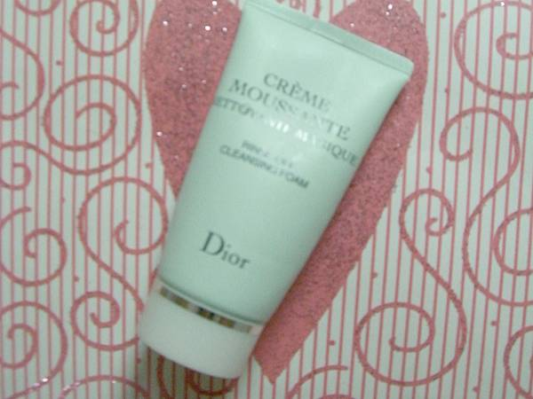 Dior水律動保溼洗面乳