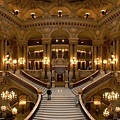 1280px-Opera_Garnier_Grand_Escalier[1]_調整大小.jpg