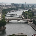 Pont_de_la_Tournelle_and_Pont_de_Sully_from_Notre-Dame_de_Paris_2011[1]_調整大小.jpg