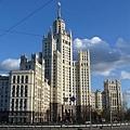 Kotelnicheskaya_Tower_00[1]_調整大小.jpg