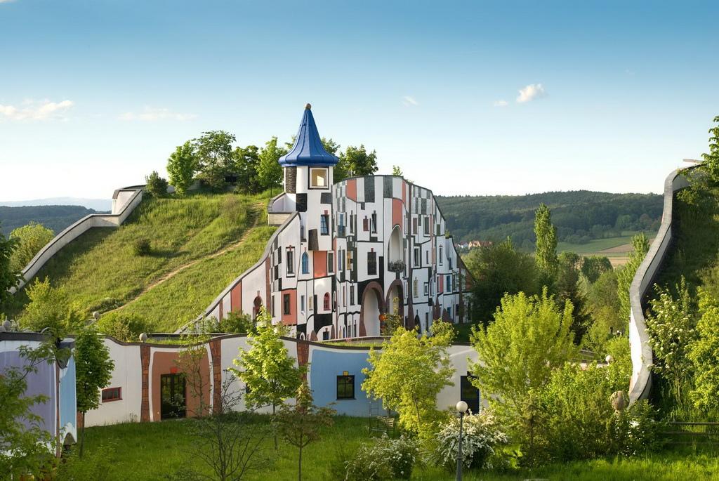 Rogner-Bad-Blumau-©Hundertwasser-Architekturprojekt-22_调整大小.jpg