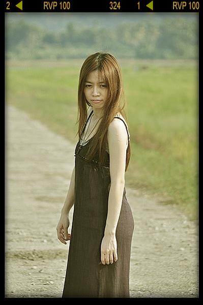 15b580435df2132cf6813bf13657_400_602_film.jpg.png