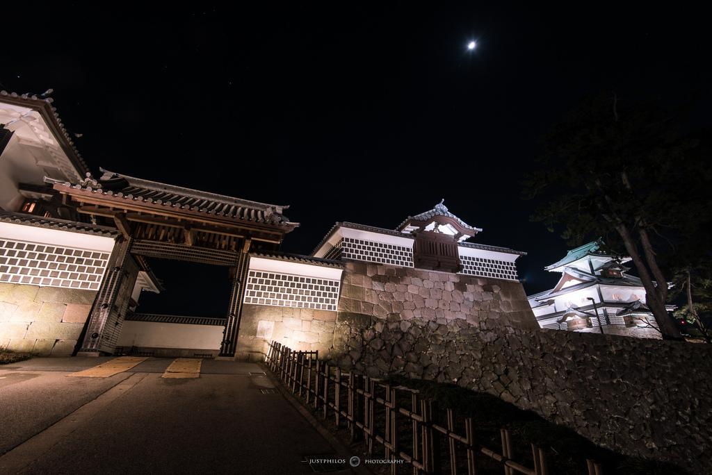 期間限定的金澤城夜間開放,若遇到的朋友千萬不要錯過。